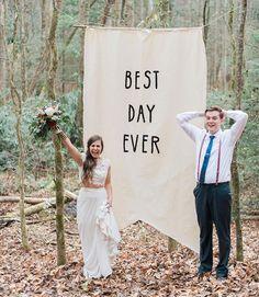 La saison des mariages est officiellement entamée! On vous propose 10 idées de photobooths de mariage DIY qui créeront de magnifiques souvenirs.