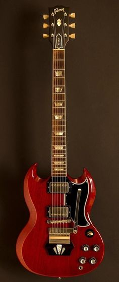 1962 Gibson Les Paul Standard. Shortly after, Les Paul complained to Gibson that he didn't want his name on these models. Gibson changed model name to SG.