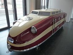 The 1954 Escher VW–Porsche Kleinbahn Prototyp in the Prototyp in Hamburg. These little trains were built from 1954 to 1971 and were used in parks and botanical gardens. It pulled 3 cars which had space for 90 passengers Auto Volkswagen, Vw T1, Combi Ww, Weird Cars, Unique Cars, Porsche 356, Hot Cars, Custom Cars, Cars And Motorcycles