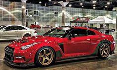 Nissan GT-R Nissan Skyline, Skyline Gtr, 2015 Nissan Gtr, Nissan Gtr R35, Alto Car, 370z, Old School Cars, Car Goals, Import Cars