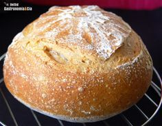 This posts satisfies people's curiosity worldwide why this no knead bread made in a unique Lékué bread Maker that steams bread in the oven. No Knead Bread, Pan Bread, Yeast Bread, Pan Dulce, Bread And Pastries, Favorite Recipes, Great Recipes, World Recipes, How To Make Bread