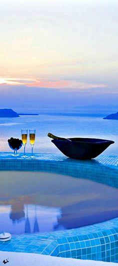 Travelling - BLUE ANGEL VILLAS SANTORINI, Greece