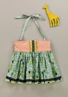 Size 8 fits like a 6/7 Fun In The Sun Ellie Top (RV $48) *Bodice trim may vary