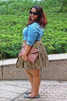 http://thecurvyfashionista.com/2014/07/fashion-blogger-fridays-aarti-curves-become/