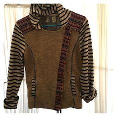 Gimmicks by Bke Mixed Pattern FullZip Hoodie Side zipper/Great Condition/ Blue striped sleeves Buckle Tops Sweatshirts & Hoodies