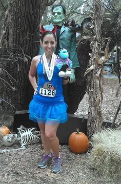 """Devil with the Blue Dress On"" - EASY #Halloween costume for runners"