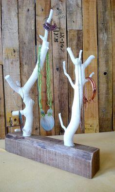 Schmuckständer & -halter - Schmuckständer aus Holz - ein Designerstück von LEDennis bei DaWanda