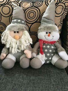 Christmas Crafts, Christmas Decorations, Christmas Ornaments, Holiday Decor, Snowman, Merry, Handmade, Home Decor, Fabric Dolls