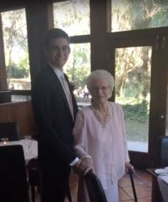 At 93 years old, this grandmother went to prom with her grandson and had a blast. She got all dressed up, had fun at the photo booth, and danced the night away. Though for next year, she did mention that she wanted her grandson to find a girlfriend to take. #VisitingAngels #seniorcare #eldercare #homecare #Maryland