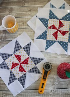 Free Sampler quilt tutorial from Amy Smart - Diary of a Quilter - featuring the the Meet the Maker quilt block patterns from Riley Blake Designs. Star Quilt Blocks, Star Quilt Patterns, Pattern Blocks, Star Quilts, Pillow Patterns, Amy Smart, Quilting Tutorials, Quilting Projects, Quilting Ideas