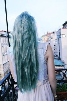 teal hair color