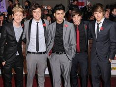 One Direction : What Makes You Beautiful Song (Lovely Song)    A lovely Song with very good lyrics... You must listen it....