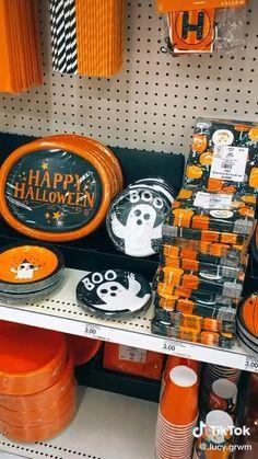 Halloween Gif, Halloween Stuff, Hair Removal Spray, Best Seasons, Gossip Girl, Holiday Fun, Lgbt, Routine, Christmas