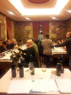 Cata de vinos en Casa Quinzan en Melide