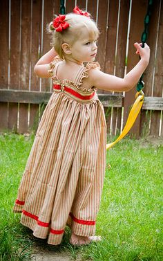 Very good tutorial for child's maxi-dress. - Tia check it out!  Piper would be too cute in this dress!