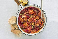 Zachte kabeljauw met groenten en kruiden: in een kwartier zit jij in de Provence. - recept - Allerhande