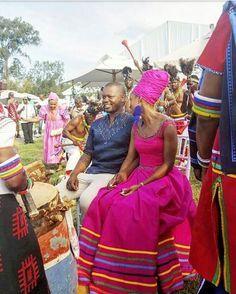 Ideas of Shweshwe Styling with Modern Outfits - Reny styles Pedi Traditional Attire, Sepedi Traditional Dresses, African Traditional Wedding Dress, Traditional Fashion, African Print Dress Designs, African Print Dresses, African Fashion Dresses, African Dress, Ankara Designs