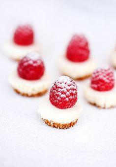 cheesecake chic raspberry | reist & buehler photography.