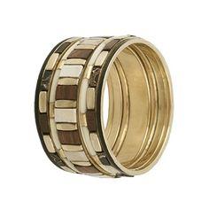 Bracelete dourado 7 peças com madeira e pedra sintética