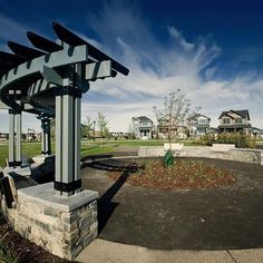Ravenswood offers its residents close proximity to Airdrie's endless amenities and a short commute to the City of Calgary. ⠀  -⠀  Ravenswood's many parks, green corridors and playgrounds have been strategically placed throughout the community!⠀  -⠀