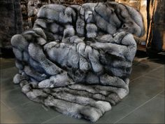 For those that prefer faux fur blankets, this option is carefully crafted to mimic the real deal and champagne faux fox is ideal for any decor. Description from ebay.com. I searched for this on bing.com/images