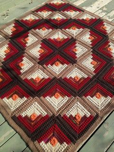 Log cabin crochet quilt, Red Heart and Ravelry
