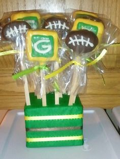 Green Bay Packers cakepops