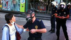 Devriye Haber : Ankara'da Kadın Göstericilerle Polis Arasında Tart...