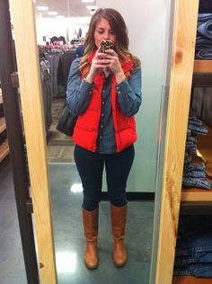 Red puffer with denim puffy vest outfit, vest outfits, denim outfit, red puffer Vest Outfits For Women, Winter Outfits Women, Fall Outfits, Casual Outfits, Fashion Outfits, Clothes For Women, Outfit Winter, Fashion Ideas, Red Puffer Vest
