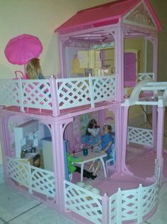 Barbie House Pink N' Pretty Dollhouse 1995 Beautiful!!! Fully Furnished Look