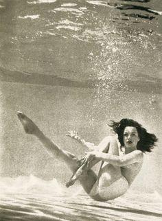 Dawn Richard - need underwater camera Underwater Photos, Underwater Photography, Art Photography, Street Photography, Landscape Photography, Fashion Photography, Wedding Photography, Vintage Photographs, Vintage Photos