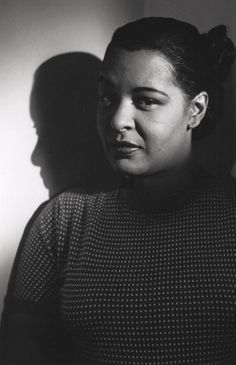 Billie Holiday photographed by Bob Willoughby (1952)