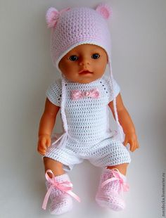 сапожки для куклы Doll Clothes Barbie, Crochet Doll Clothes, Knitted Dolls, Doll Clothes Patterns, Crochet Dolls, Baby Born Kleidung, Baby Born Clothes, Baby Barbie, Baby Girl Crochet