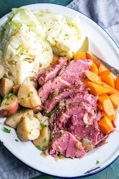 Instant Pot Corned Beef is fall-apart tender, juicy, and downright devourable. Guinness pressure cooker corned beef and cabbage is classic St. Patrick's Day food that's ready in a few hours. 🍀 You'll love this corned beef brisket recipe in your Instant Pot collection. #stpats #stpatricksday #stpatsrecipe #cornedbeef #guinnessfood Pressure Cooker Corned Beef, Cooking Corned Beef, Corned Beef Recipes, Instant Pot Pressure Cooker, Pressure Cooker Recipes, Slow Cooker, Crockpot Cabbage Recipes, Instapot Recipes Chicken, Corn Beef Brisket Recipe