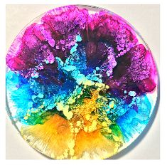 Acrylic pouring art Alkohol Tinte Harz Untersetzer Ideas On How To Use Container Gardening To Decora Alcohol Ink Jewelry, Alcohol Ink Crafts, Alcohol Ink Painting, Alcohol Ink Art, Diy Resin Art, Diy Resin Crafts, Art Crafts, Diy Resin Dice, Diy Resin Coasters
