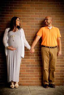 maternity photo pose