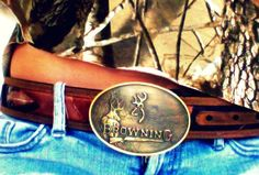 In love with the Browning buckle ;-)