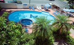 Surfers Tradewinds Holiday Apartments - Pool View - Surfers Paradise Apartment Accommodation