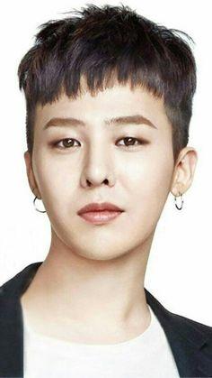 Bigbang Yg, Bigbang G Dragon, Daesung, Suho, G Dragon Fashion, Hairstyles For Gowns, G Dragon Top, Dragon King, Cap And Gown