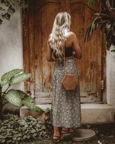 Bohemian style 797911258958855977 - KOMODO BAG – Nomad Nextdoor Hexagon Bali Bag Limited Edition Source by thenomadnextdoor Mode Hippie, Bohemian Mode, Bohemian Style, Bohemian Bag, Bali Fashion, 90s Fashion, Fashion Outfits, Fashion Tips, Bohemian Fashion