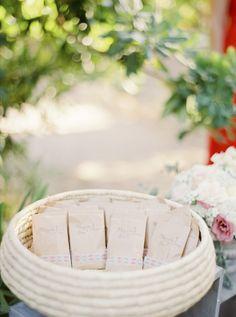 American Wedding  www.romeosyjulietas.es  Foto de Love Me Tender  www.lovemetenderphoto.com  #rise #packaging #weddings
