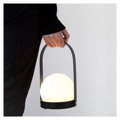 Lampe nomade Carrie noire - Meuble & Luminaire - The Conran Shop