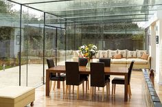 Glass enclosed patio - perfect for stained glass hangings! Kitchen Extension Roof Ideas, Glass Extension, Glass Porch, Enclosed Patio, Glass Room, Glass Boxes, House Extensions, Glass Kitchen, Best Interior Design