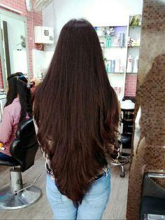 V shape hair Long Hair V Cut, Long Black Hair, Long Layered Hair, Very Long Hair, Straight Long Hair, Haircuts For Long Hair, Hairstyles Haircuts, Straight Hairstyles, Beautiful Long Hair
