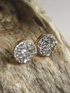 Add these rough Silver Druzy Studs to your outfit to complete your LBD!