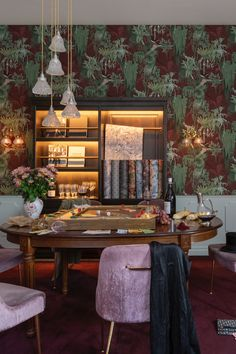 Inspirational Wallpapers, New Wallpaper, Luxury Interior Design, Madagascar, Luxury Homes, Dining Room, Modern, Kitchen, Table