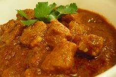kitchen flavours: Chile-Smothered Pork with Vinegar (Pork Vindaloo) Vindaloo, Spicy Dishes, Weekday Meals, New Cookbooks, Seafood, Curry, Pork, Vegetarian, Tasty