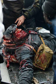 ЄвроМайдан  Kyiv    20-02-2014   ---Wounded in battle