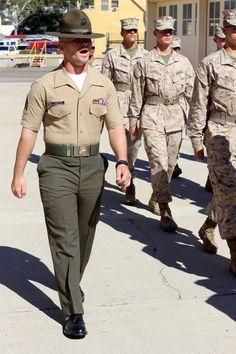 Us Marines Uniform, Marines Boot Camp, Men In Uniform, Once A Marine, My Marine, Us Marine Corps, Usmc Quotes, Marine Quotes, Quotes Quotes