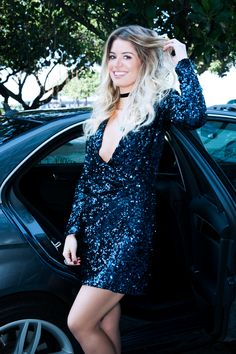 POWERLOOK -  Aluguel de Vestidos Online - Vestido Brigite curto de manga comprida French Connection - preto   Aqui você encontra o look perfeito para seu evento !          Aqui você encontra o look perfeito para o seu       evento! Alugue, arrase e devolva!  ;D    #FRENCH CONNECTION #lookcasamento #lookmadrinha #lookfesta #mangacomprida #paete #vestidocurto #dress #decote  #party #night #glitter #glamour #light #fun #euvoudepowerlook #powerlook #brigite #preto